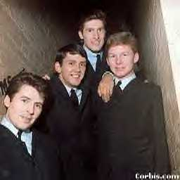 On The Stairs - Mike Pender, Frank Allen, Chris Curtis & John McNally