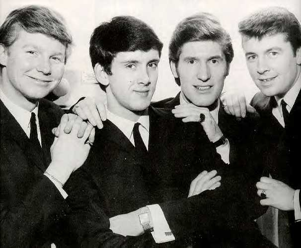 B&W photo of John McNally, Frank Allen, Chris Curtis & Mike Pender